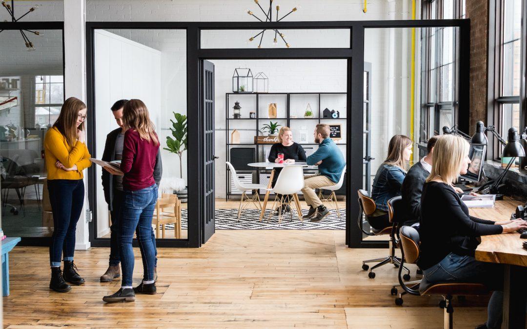 5 Reasons Small Biz Should Hire A Marketing Agency